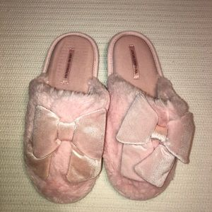 Victoria's Secret fuzzy bow slippers